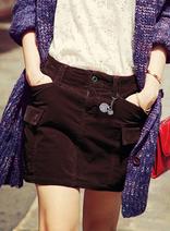 魅力女人-字母印花圖案修身短裙